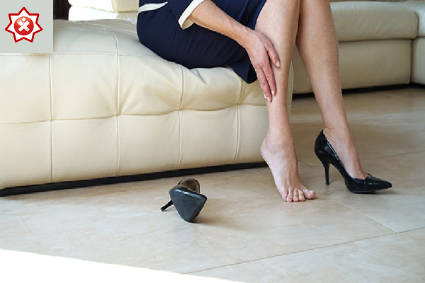 A woman for varicose vein reduction